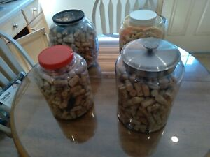 100 Assorted Natural Wine Corks - A Few Synthetic, Champagne, Misc FREE SHIPPING