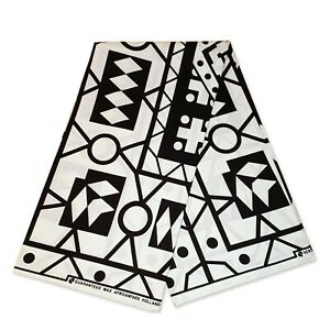 African fabric BLACK / WHITE SAMAKAKA ANGOLA Wax print (Traditional Samacaca)
