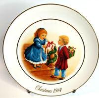 AVON Christmas Memories Series Plate - CELEBRATING THE JOY OF GIVING - 1984