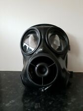 More details for avon s10 size 1 - x-large - british army respirator - military gas mask 1989