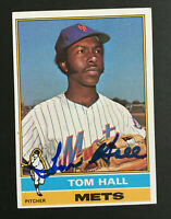 Tom Hall Mets Signed 1976 Topps Baseball Card #621 Auto Autograph
