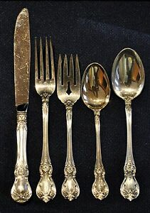 OLD MASTER BY TOWLE STERLING FLATWARE SET FOR 4 PEOPLE 5 PIECES PER SETTING