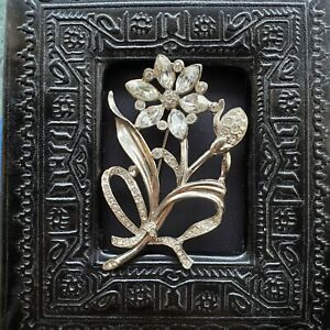VTG Clear Marquis Rhinestone Flower Brooch Pin Fine Jewelry Unmarked Brilliant!