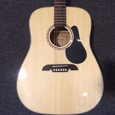 Alvarez RD26 Regent Series Dreadnought Acoustic Guitar with Deluxe Gigbag