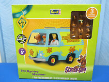 """Revell Snaptite Snap-Together """" Scooby-Doo Mystery Machine """" 3 Figures 85-1771"""