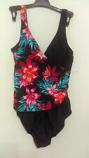 NEW Jaclyn Smith Black & Multi-Color One-Piece Swimsuit Ladies Size 6