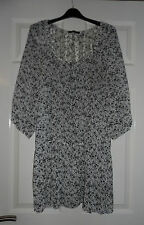 George White & Black Floral size 18 Top.  Only worn a couple of times