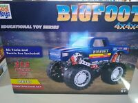 BIGFOOT Monster Truck Steel Construction Set 313 Pieces All Tools and Decals Inc