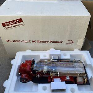 DTE 1:24 DANBURY MINT 1926 MACK AC ROTARY FIRE PUMPER TRUCK NOS In The Box