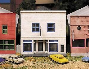 TYPICAL SMALL TOWN - MAIN STREET STORE #1 - N scale