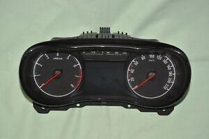 °°° Opel Corsa E Kombiinstrument, Tacho 39085573 Zurückgesetzt/ Entheiratet °°°