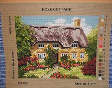 Needlework Tapisserie Toile Rose Cottage Chaume Jardin pays CHOCOLATE BOX