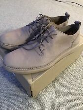 Clarks Hale Lace Size 8.5 Shoes Normally Size 9