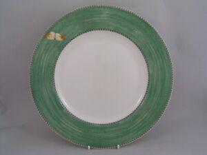 "WEDGWOOD SARAHS GARDEN GREEN 10 3/4"" DINNER PLATE, MADE IN ENGLAND."