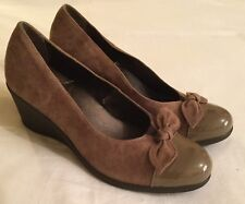Ladies Scholl taupe suede leather wedge heel Shoes with patent toes Size 40 EUR