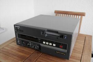 Panasonic DVCPRO AJ-D650P Digital Video Cassette Recorder