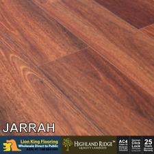 Laminate Flooring/ Long Board/ 12mm/ Jarrah Embossing the Laminate Print