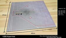1/200 AIRPORT Foils ACCESORIES GSE Display Plate Glossy Black Board -Free ship