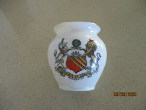 Antique (1887-1916)  W H Goss -  Manchester Coat of Arms  - Small Pot