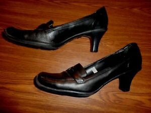 Mossimo BLACK SHOES WOMEN'S SIZE 8 1/2 M  (2.5 INCH HEEL)