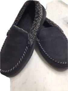 Mens Deerfoam Slippers size M