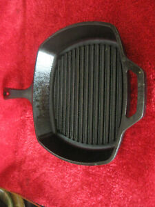 Lodge  10.5 inch Square Cast Iron Grill Pan # 8SGP Steaks,Bacon,Camping Fire