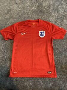 England away football shirt , medium , VGC, Red