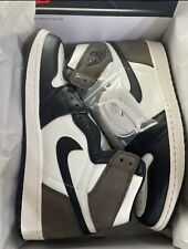 Air Jordan 1 Retro High OG Dark Mochas size 12