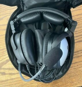 Lightspeed SIERRA ANR Aviation Bluetooth Headset with Case -- Nice!