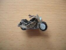 Pin badge suzuki C 1800 r/c1800r Intruder noir type 1122 Chopper spilla