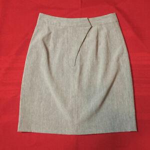 NEWPORT NEWS STYLEWORKS - SKIRT - Gray - Front Zip & Back Slit - Women Size 10