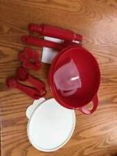 Tupperware Kids Baking set in Red