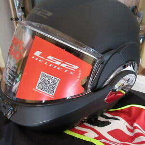 LS2 Helmet Matte Black Valiant Large New in Box Comes With Helmet Bag 399-1014