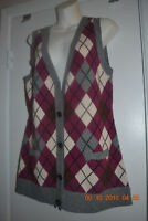 Cabi medium NWOT wool blend grey argyle vest