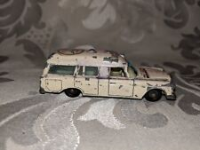 Matchbox Lesney Series 1-75 England #3 Mercedes Benz Binz Ambulance White