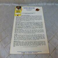 Vancouver Canucks Ticket Stub & News Release Oct 31 1986 vs. Edmonton Oilers