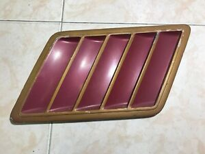 1978 1979 Camaro Z28 GM Red Right Fender Vent Grille Grill Extractor Vent