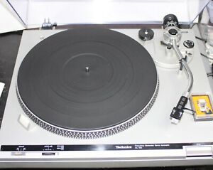Technics SL-B2 Belt Drive Semi-Automatic Auto Return Turntable 33/45