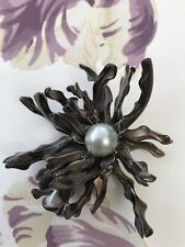 Pearl shell flower brooch costume jewellery