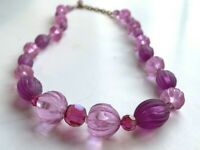 Vintage Lucite & Glass Necklace Ribbed & Faceted Graduated Beads Purple Lavender