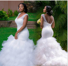 Plus Size Mermaid Wedding Dresses V Neck Lace-up Ruffled Skirt Tulle Bridal Gown
