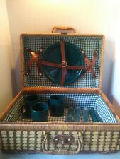 Wicker Picnic Basket Woven Brown Leather Latch Wicker Handle Excellent Condition