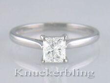 Solitaire Natural White Gold VS1 Fine Diamond Rings