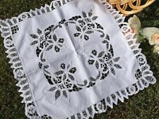 Elegant White Flower Hand Batten Lace Table Cloth / Table Topper