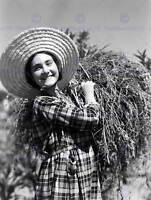 VINTAGE PHOTO PORTRAIT AGRICULTURE HARVEST PORTUGAL POSTER ART PRINT BB12366B
