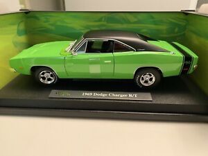 Maisto 1:18 Design Classic Muscle 1969 Dodge Charger R/T Diecast  As New Mint