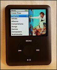 Apple iPod Nano 3rd Generation Black - 8 GB - Charger - Komen Case - Bundle
