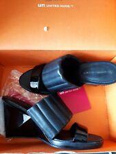 Ladies black wedge shoes size 6