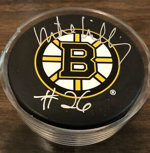 MIKE MILBURY BOSTON BRUINS AUTOGRAPH PUCK INSCRIBED NAME, NUMBER