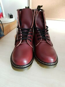 Dr martens womens boots size 6